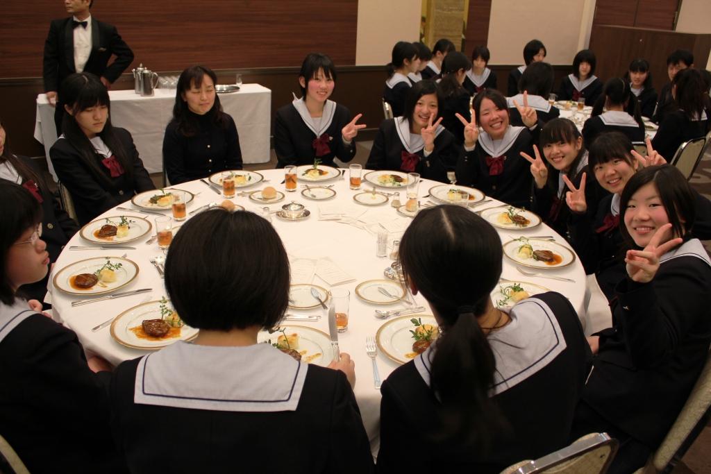 テーブルマナー(H24)②